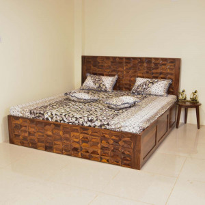 Solid Wood Souma bed with Storage