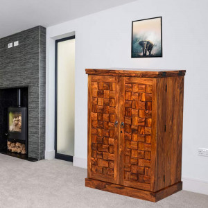 Solid Wooden Traditioanl Niwar Patti Design Bar Cabinet